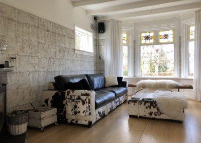 Schilderen en behangen woonkamer
